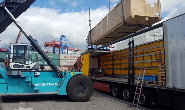 Langguttransporte sicher transportieren. Ihre Spedition Schiffers in Mönchengladbach. Auf allen Straßen dieser Welt für Sie unterwegs.