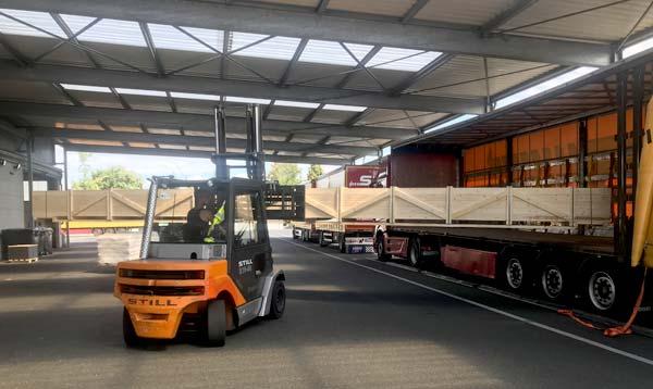 Langguttransporte sicher verladen Spedition-Schiffers